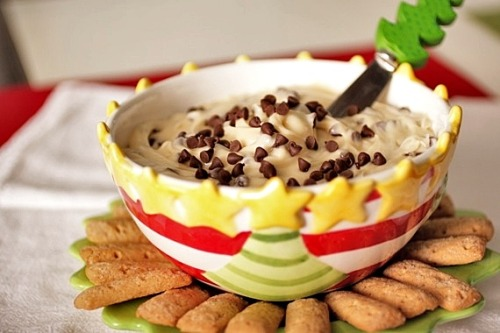 gastrogirl: Chocolate Chip Cookie Dough Dip Petit: Sounds like heaven and I'm thinking I'll make this tonight!