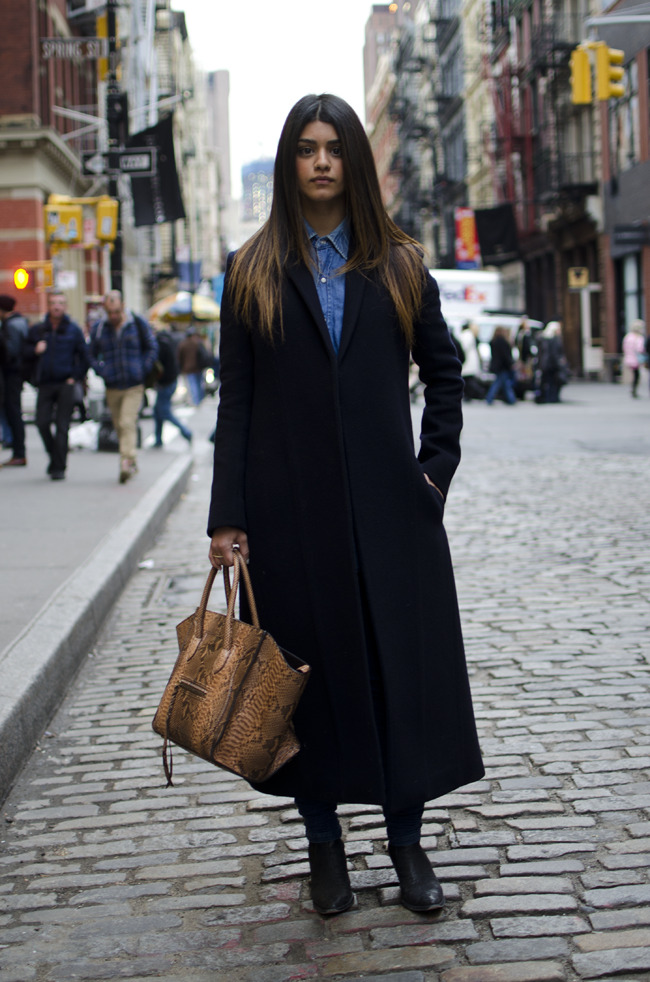 what-do-i-wear:  NINA TIARI [Stylist] Top: Céline, WranglerBottom: BalenciagaShoes: Daryl KBag: Céline (image: koo.im)