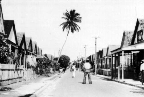 Playing catch in the street in Key West, 1935. Source: Dale M. McDonald Collection