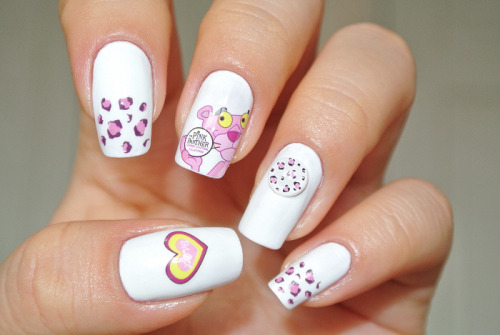 Pink Panther nailart click through for tutorial (in my korean blog)