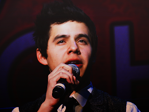 David Archuleta - Vilar Performing Arts Center, Beaver Creek, CO 12/21/2011 | x Sleigh Ride || Melodies Of Christmas || This Christmas || The Other Side Of Down || Wait || Zero Gravity || Crush || Have Yourself A Merry Little Christmas || Climb Every Mountain || Ave Maria || Pat-A-Pan || My Kind Of Christmas + Fa La La La La || I Need A Silent Night || Silent Night || The First Noel || Riu Riu Chiu || O Holy Night || Little Drummer Boy || Waiting On The World To Change (with Jeff LeBlanc)