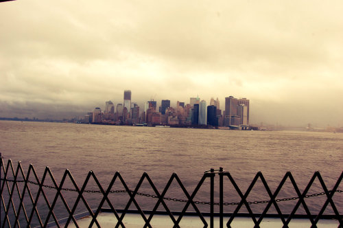 29-11-2011 Manhattan Skyline in the rain, New York, USA