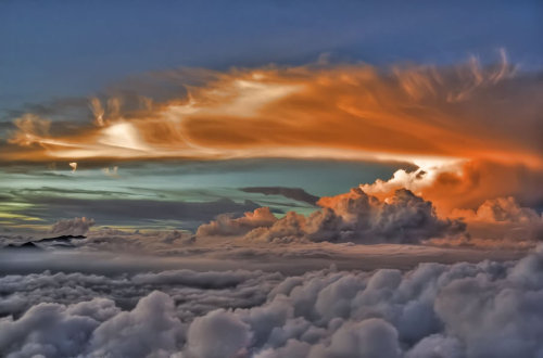 magicalnaturetour:  Clouds on fire by Eban Anth0nyc :)