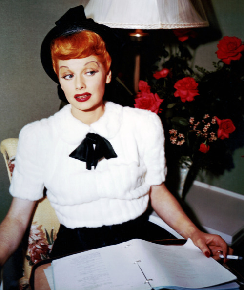 silent-alarmm:  vintagegal:  Lucille Ball   If I was living in the 50s/60s this is what I would look like!