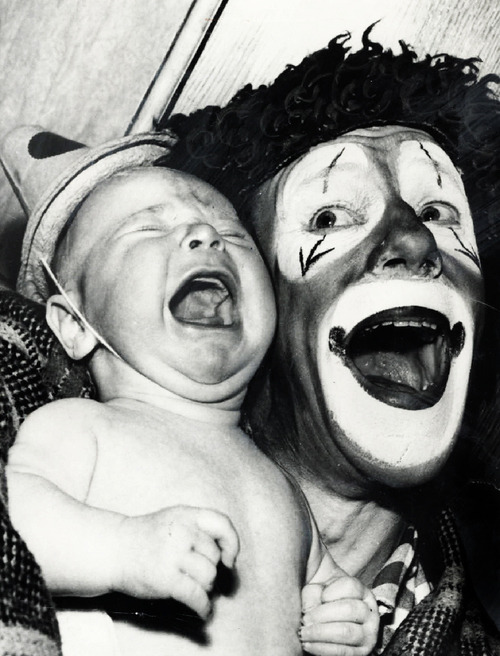 clownsrule:  Poor baby…  Clowns rule.