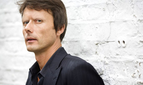 stars-without-eyebrows:  Brett Anderson, per request   Happy Christmas, everyone.