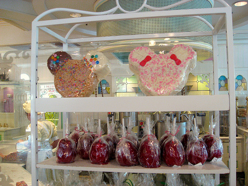 delectable-disney:  Sweet Shop (by Sifu Renka)