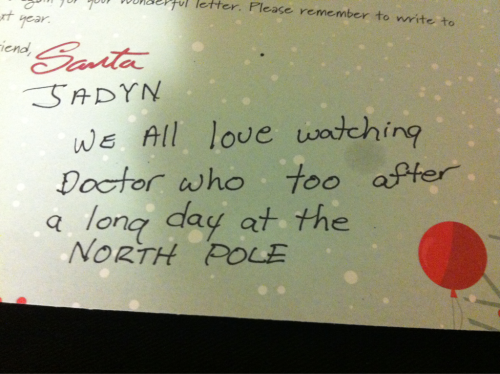 martha-fucking-jones:  OH MY… MY LITTLE SISTER GOT THIS ON HER SANTA LETTER RETURN JFKLFJRFOCKDJRIOGIFJR