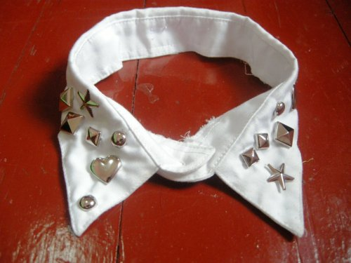 Words can't express how much i love this Collar. DIY by me! :) I cut my brother's old polo and studded cute studs on it. :D