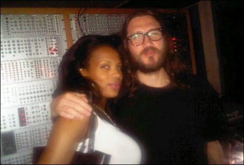 John Frusciante recording NEW Solo Album! As previously reported, on April 17th, 2011 R&B Singer Share Watson  a.k.a Truth Hurts confirmed via her Twitter page that she was  collaborating with John Frusciante on a track for the new solo album he  was working on! More recently on December 22nd, 2011 she tweeted to say that she was  going back in the studio to record another song with John Frusciante for  his album! Read more…