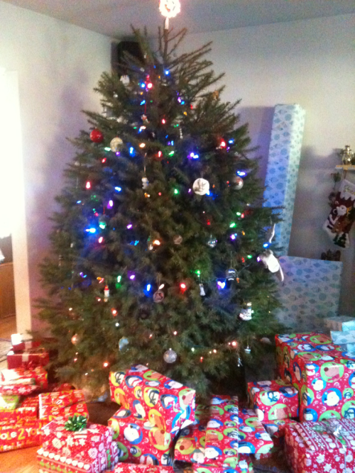 My parents' giant tree. You'd think we had at least 7 kids in the family by the looks of it
