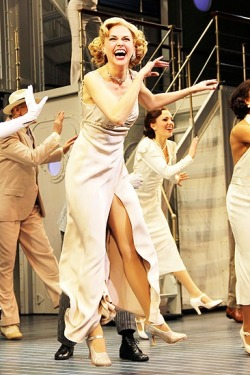suttonfosterlove:  My favorite pictures of Sutton from Anything Goes
