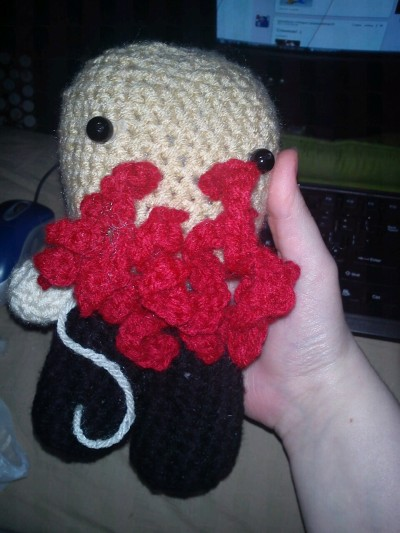 My brother's asleep so I can finally post this~  I made this Ood doll for him for Christmas since he'd gotten so into Doctor Who lately. I hope he loves it as much as I do