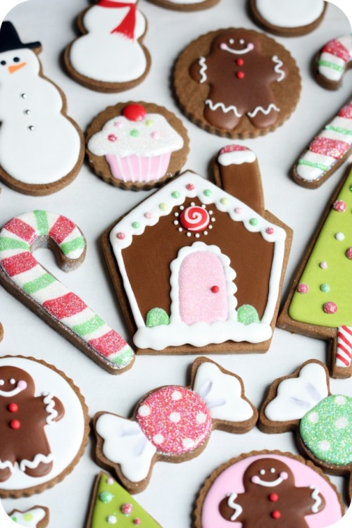 Christmas Cookies (and decorating tips!)
