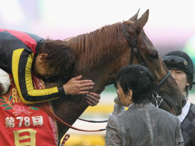 Three-year-old Ofevre, the first horse in six years to take Japan's Triple Crown, blitzed the field of older horses in the Arima Kinen (JPN-I), including super mare Buena Vista. His connections now feel ready to take on the world after winning four G1 races in Japan this year, with a goal of making the Dubai World Cup in March.
