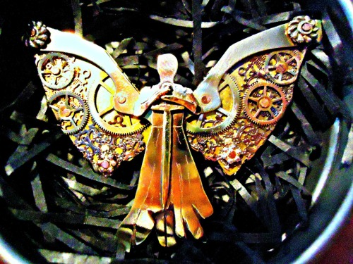 idonthateilove:  the Clockwork Angel i got for christmas :)