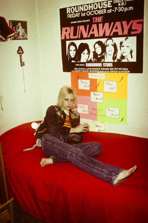 Another never before published photograph of Cherie Currie at home during the summer of '77. Happy holidays!  Photo by Brad Elterman