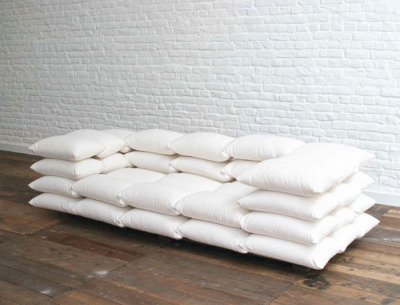 A sofa from heaven. (via Pillows, dogs, love and desire. « Door Sixteen)