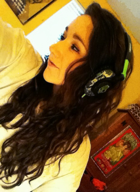 Merry Christmas to me, I bought myself new headphones ;)