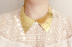 hammered brass collar