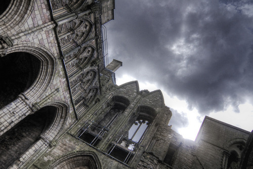 The ruins of Holyrood Abbey in the city of Edinburgh, Scotland. mythopoetical:  Holyrood Abbey Ruins by hansel. on Flickr.