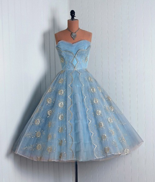 prom dress 1950s Timeless Vixen Vintage