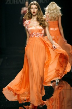 http://prettyfinds.tumblr.com/  tis the season for tangerine.