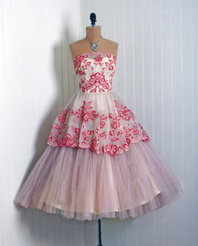 omgthatdress:  prom dress 1950s timeless vixen vintage