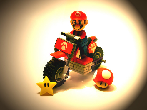it8bit:  Mario Kart - by Robbyadam