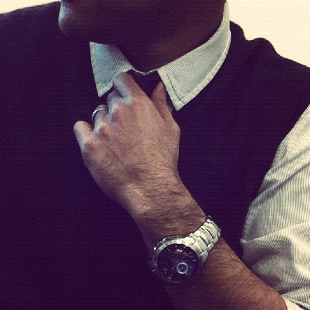 Suiting up at work #Work #instagram #kuwait #picoftheday #instago #instagrame #picoftheweek #follow #followme  (Taken with Instagram at Al-Ahmadi)