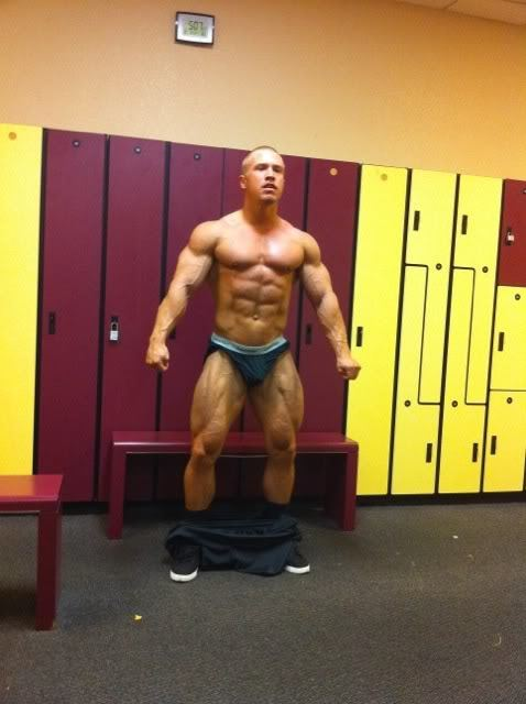 Give your favorite muscle a workout at lockershots.tumblr.com