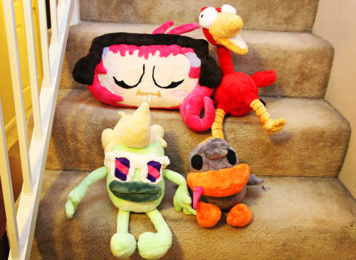 nicocolaleo:  All our plush buddies just chillaxin'!  Plushies I  made for my roommate last Christmas.