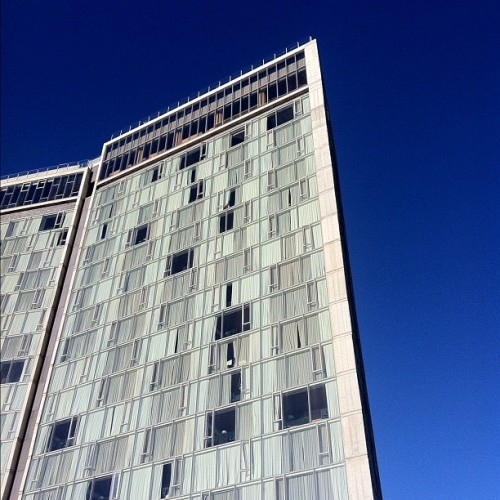 The @standardny Hotel by #PolshekPartners over #TheHighline #NewYork #architecture #archdaily #buildingbuddy #hotels #iphone4 #nofilter (Taken with instagram)