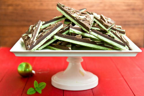 gastrogirl:  grasshopper chocolate bark.