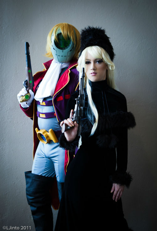cosgeek:  Maetel and Count Mecha by AnimeAngelCosplay My friend Mr.Freeman made an amazing Count Mecha costume. I told  him if he ever finished it, I would bring Maetel back out and cosplay  with him. He did and this happened. It was awesome.
