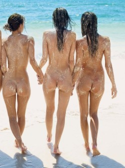 Young girls filling nudist beaches around the world, Nude beaching at the best nudism resorts of Europe and America has become outrageously popular.