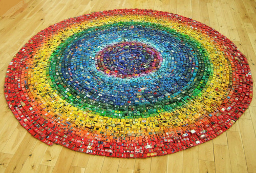 laughingsquid:  Car Atlas – Rainbow, 2,500 Toy Cars Arranged in a Circular Rainbow