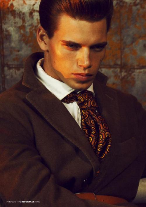 mensfashionworld:  Mark Cox by Joanathan Paul Hamilt for Fiasco