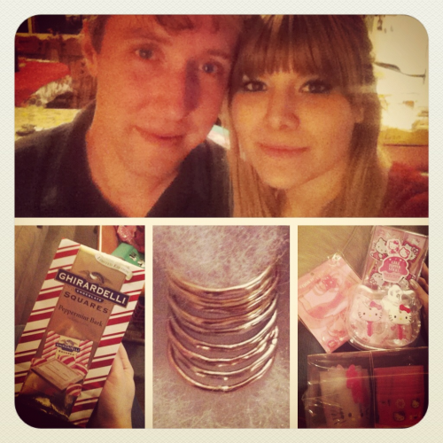 Christmas Cheer!  Peppermint bark from mom, gold rings from Scott, & hello kitty galore from my bro-in-law!  I was a very good girl this year :3