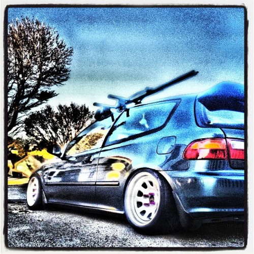 #slammedsociety #slammed #hellaflush #dope #dumped #illest #eg6 #eg #hatchback #civic #honda #jdm #ill #diamondracing  (Taken with instagram)