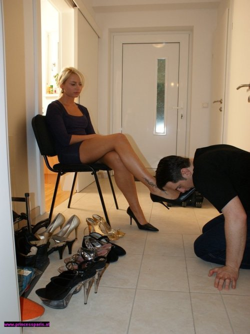 chastewiddlesissy:  I think this is the best way for a shoe slave to memorize his Mistress' collection so there are no duplicates.  Yes. Count them all out, and worship them all… but first, her toes…