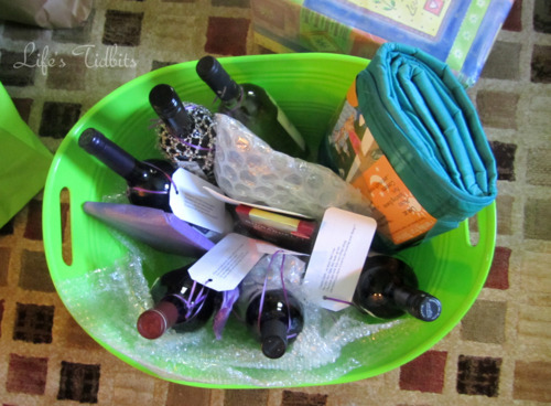 Wine Basket Life's Tidbits