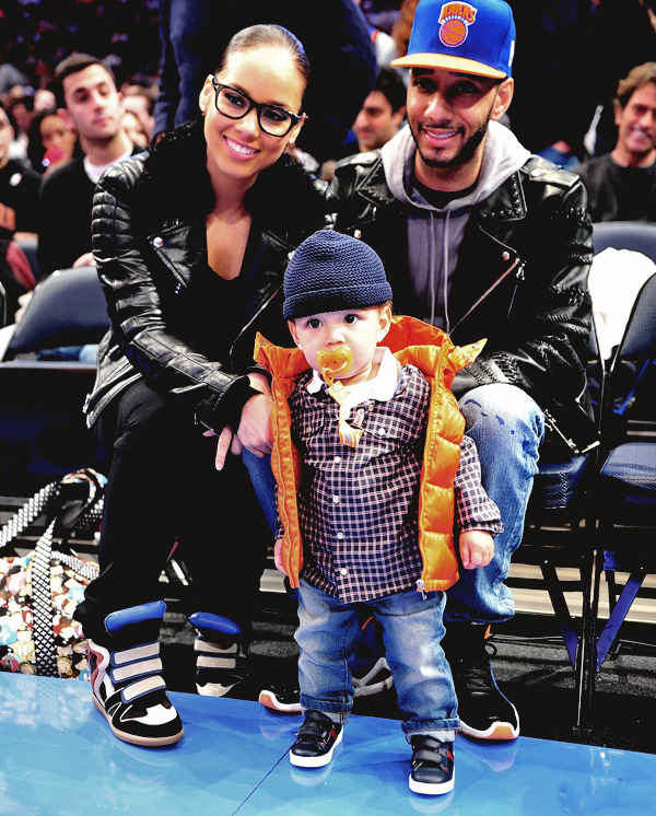 Alicia Keys & her son Egypt at the Knicks v.s Celtics game yesterday