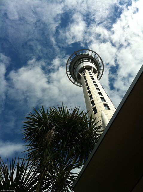 paintedstick:  Sky Tower & clouds, Auckland  © Philip Zhao  Source: flickr