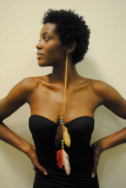 blackandkillingit:  oluwatoyinpyne:  Modeling Oye Glam earrings. Photographer: Konjo Kalanji Jewlery:oye-glam Model : Oluwatoyin Pyne    @BGKIonline #BGKI Facebook Fan Page   AMAZING. Someone gift me?