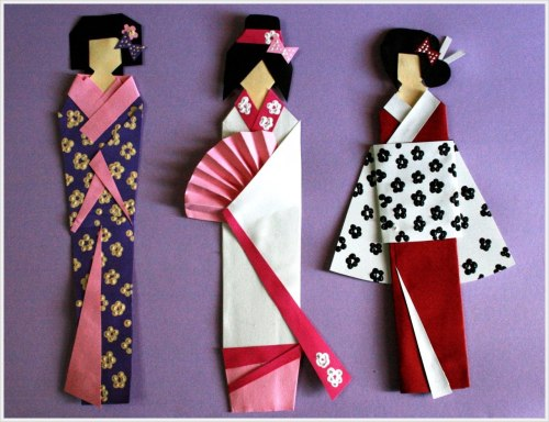 kawaii-mochi:  Oragami geisha bookmarks. I make something like this the other day they can be bit tricky to make however look very pretty!
