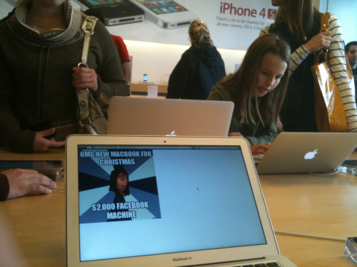 geek feed:  trolling in an Apple store  画