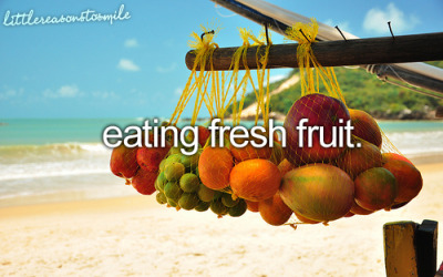 get-fit-4-life:  Two of my favorite things, the beach and fresh fruit!