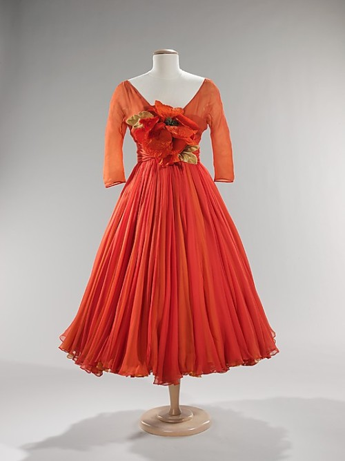 Cocktail dress by Arnold Scaasi, ca 1958 US, the Met Museum