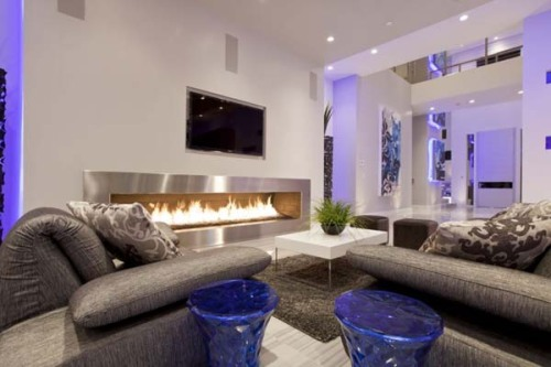 Modern home situated in Las Vegas designed by Mark Tracy of Chemical Spaces,